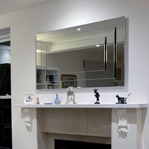 Deco Mirror in Classic Home