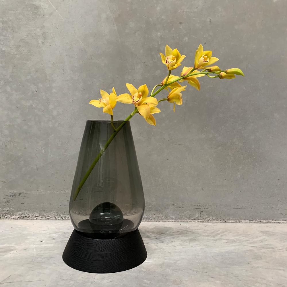 Cannon Vase Upright